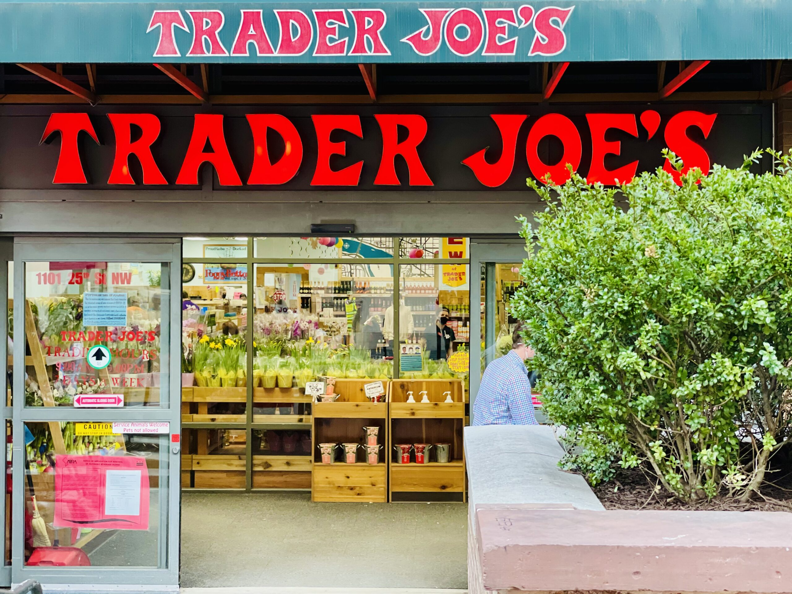 Top 10 Trader Joe's items for people who don't have time to cook